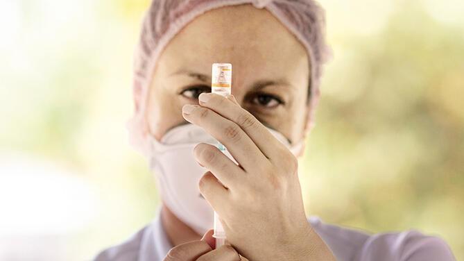 Dünyanın merak ettiği soru: Küresel bağışıklık ne zaman